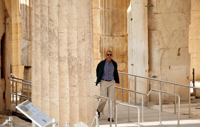 Ο Oμπάμα στον ιερό βράχο της Ακρόπολης και το Μουσείο