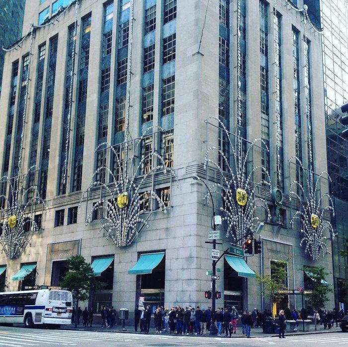 Η 5η λεωφόρος στη Νέα Υόρκη ο ακριβότερος εμπορικός δρόμος παγκοσμίως