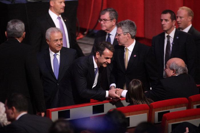 Παρών και ο Κ. Μητσοτάκης στην ομιλία Ομπάμα στο Ι.Νιάρχος - φωτό - - εικόνα 3