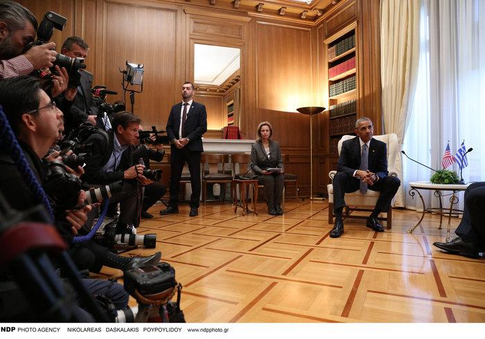 Οι 30 ώρες του Μπαράκ Ομπάμα στην Αθήνα σε 30 φωτογραφίες - εικόνα 11