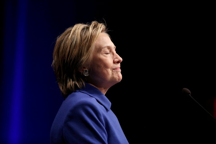 Σοκαριστική εμφάνιση της Χίλαρι Κλίντον μετά την ήττα - εικόνα 3