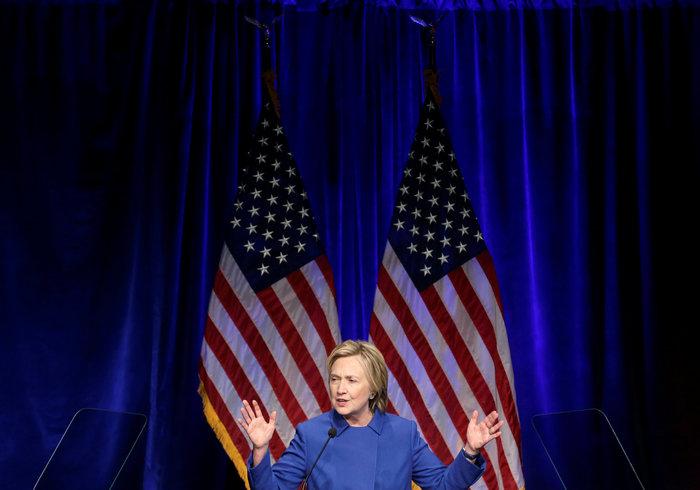 Σοκαριστική εμφάνιση της Χίλαρι Κλίντον μετά την ήττα - εικόνα 4