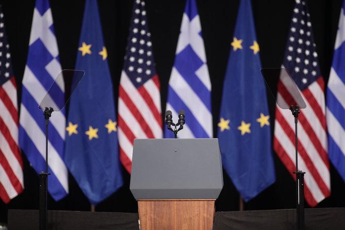 Το μυστήριο της ομιλίας Ομπάμα στο Ιδρυμα Νιάρχος: Υπήρχε ή όχι autocue - εικόνα 7