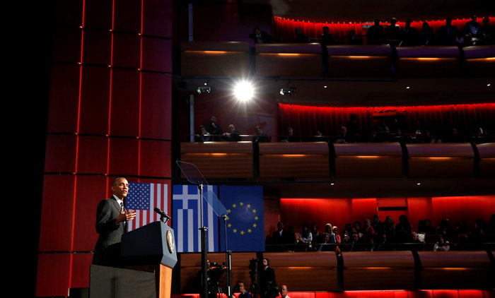 Το μυστήριο της ομιλίας Ομπάμα στο Ιδρυμα Νιάρχος: Υπήρχε ή όχι autocue