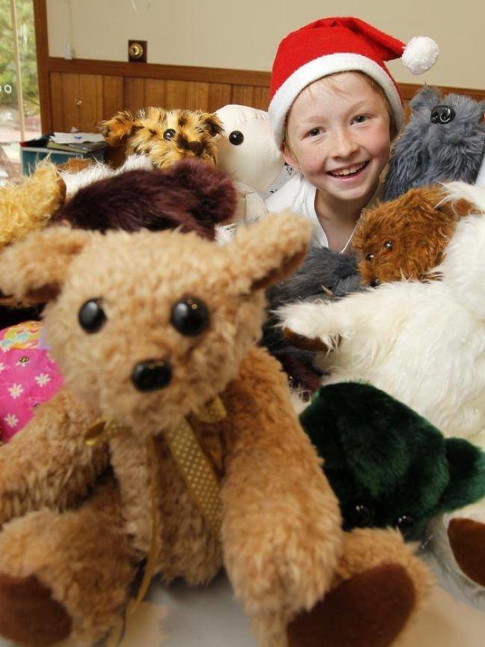 12χρονος έμαθε να ράβει για να δώσει χαρά σε άρρωστα παιδιά [Εικόνες] - εικόνα 2