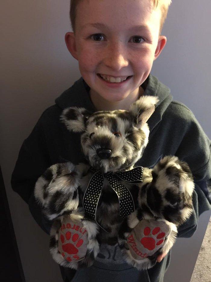 12χρονος έμαθε να ράβει για να δώσει χαρά σε άρρωστα παιδιά [Εικόνες]