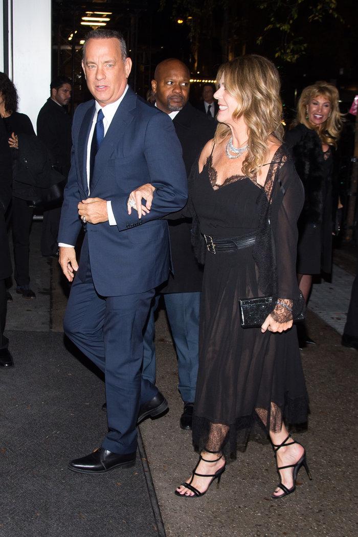 Ο Τομ Χανκς και η Ρίτα Γουίλσον κατά την είσοδό τους στην εκδήλωση - Splash