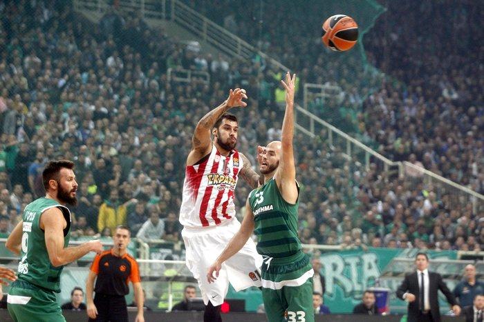 Ο Ολυμπιακός νίκησε τον Παναθηναϊκό στην τιτανομαχία του ΟΑΚΑ - εικόνα 3
