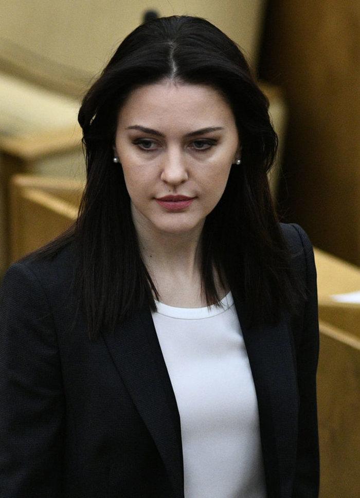 Ομορφιά και πολιτική: Οι πιο γοητευτικές βουλευτίνες της Ρωσίας - εικόνα 2