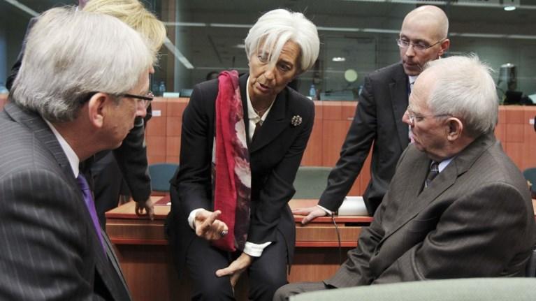 Βόμβες Κομισιόν:«Καίγεται» η 5η Δεκεμβρίου, η ΕΕ επεξεργάζεται «σχέδιο Β