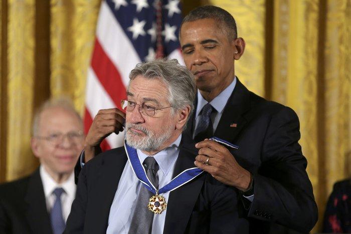 Τα δάκρυα της Ελεν ντε Τζενέρις, ο Χανκς & ο Ντε Νίρο:Η βράβευση από Ομπάμα - εικόνα 3