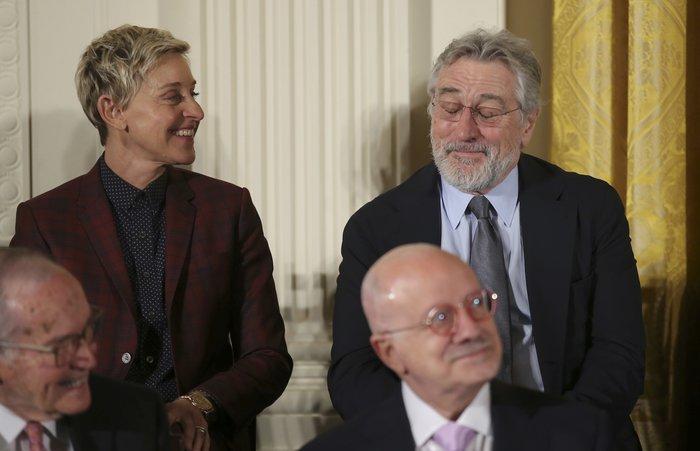 Τα δάκρυα της Ελεν ντε Τζενέρις, ο Χανκς & ο Ντε Νίρο:Η βράβευση από Ομπάμα - εικόνα 8
