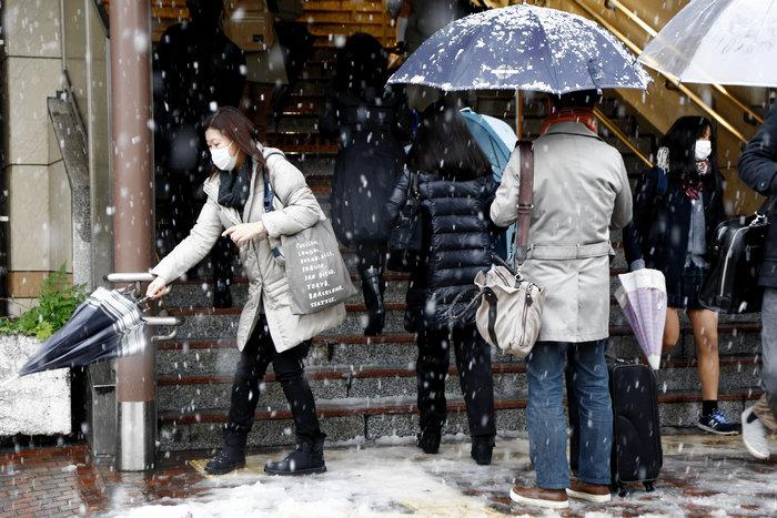 Χιονίζει Νοέμβριο στο Τόκυο για πρώτη φορά μετά από 54 χρόνια! - εικόνα 7