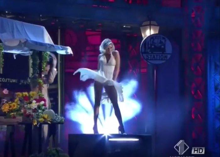 Ο σέξι χορός της Ρίας Αντωνίου ως Μέριλιν Μονρόε σε ιταλικό σόου [Βίντεο] - εικόνα 2