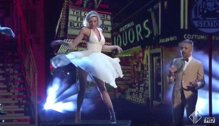 Ο σέξι χορός της Ρίας Αντωνίου ως Μέριλιν Μονρόε σε ιταλικό σόου [Βίντεο] - εικόνα 3