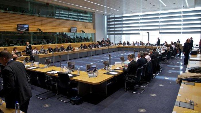 Τη Δευτέρα κρίνονται όλα: EuroWorkingGroup και Μοσκοβισί στην Αθήνα