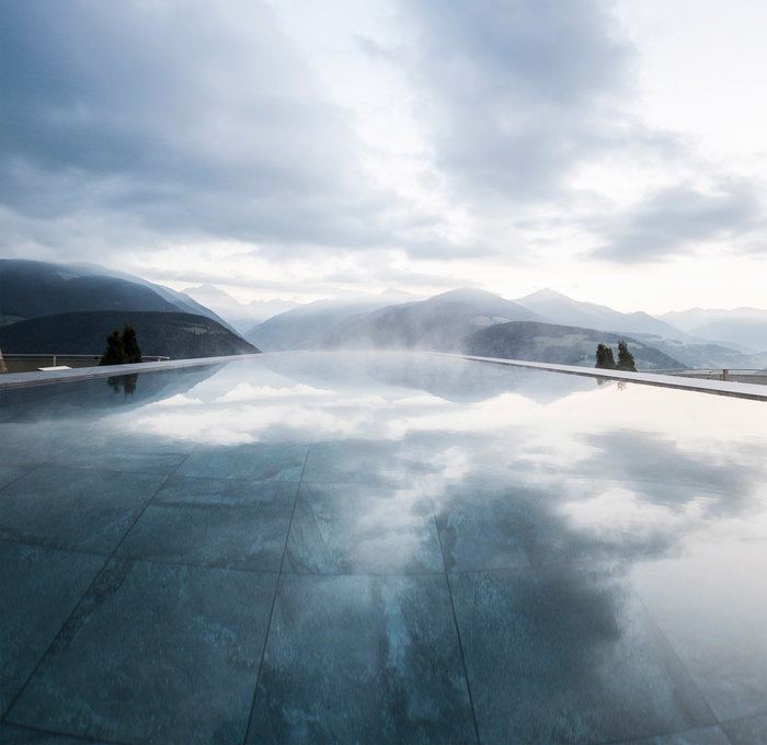 Εσείς θα τολμούσατε να κάνετε μπάνιο σ' αυτή την πισίνα; - εικόνα 6
