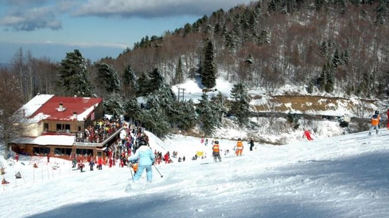 Οι πέντε πιο δημοφιλείς ελληνικοί προορισμοί για τον χειμώνα