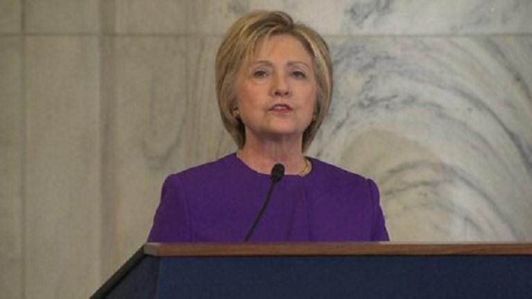 """Η Χίλαρι Κλίντον χαρακτήρισε κίνδυνο τις """"ψευδείς ειδήσεις"""""""