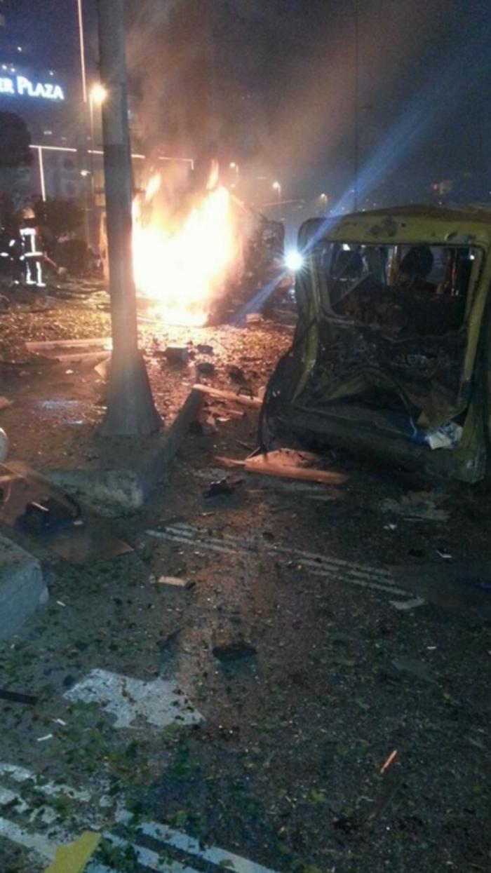 Μακελειό στην Πόλη - Διπλή φονική βομβιστική επίθεση