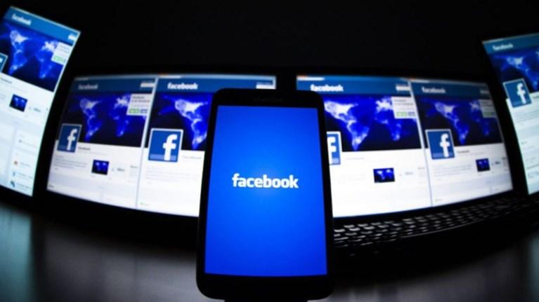 xtupaei-sunagermos-sto-facebook-gia-tis-pseutikes-eidiseis