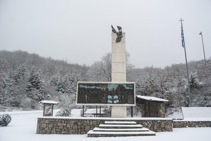 16 υπέροχες φωτογραφίες από την χιονισμένη Αρναία Χαλκιδικής