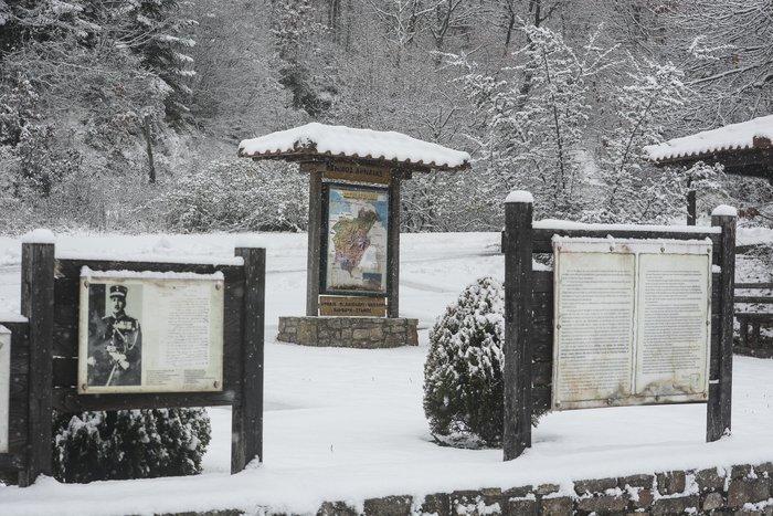 16 υπέροχες φωτογραφίες από την χιονισμένη Αρναία Χαλκιδικής - εικόνα 10