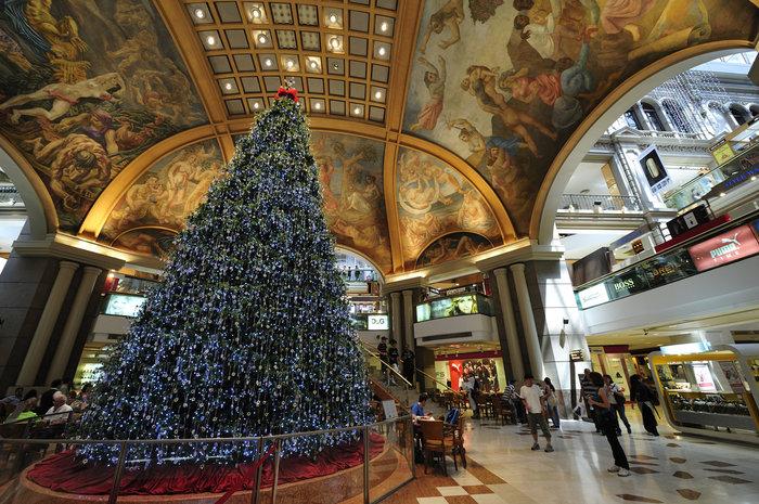 Galleria Pacifico, το μεγαλύτερο εμπορικό κέντρο του Μπουένος ΄Αιρες στολισμένο γιορτινά