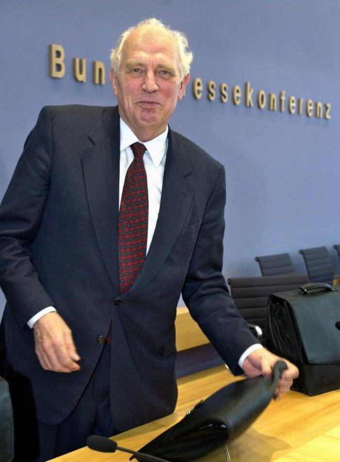 Πέθανε ο Χανς Τιτμάγιερ πρώην πρόεδρος της Budesbank: η άγνωστη ιστορία