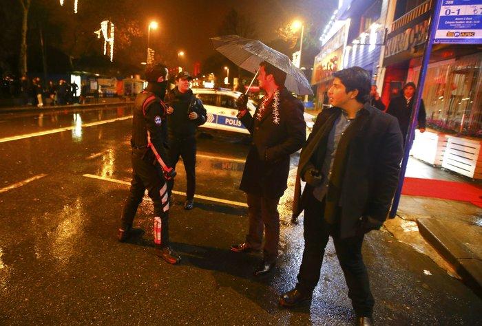 Μακελειό στην Κωνσταντινούπολη με 39 νεκρούς