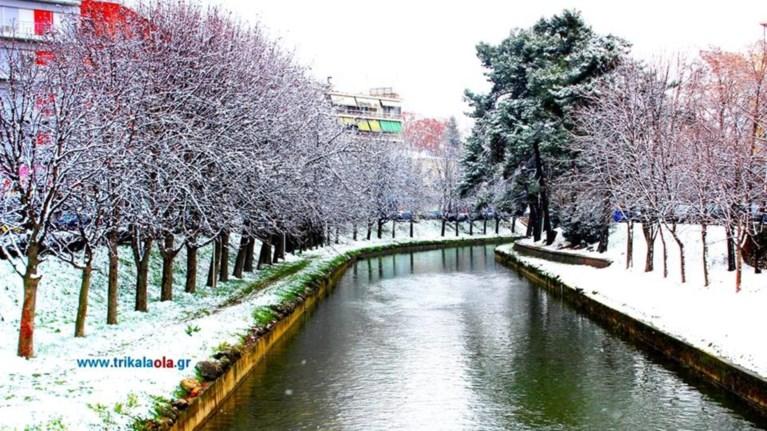 Ο όμορφος ποταμός των Τρικάλων που συνδέεται με δέκα γέφυρες