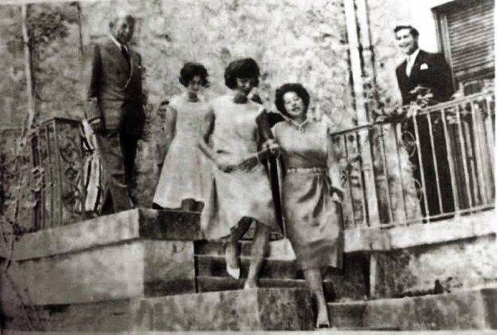 Η Τζάκι στο Τατόι σγκαζέ με τη Φρειδερίκη