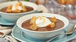 Σοκολατόσουπα και άλλες 4 πολύ οικονομικές συνταγές για σούπες