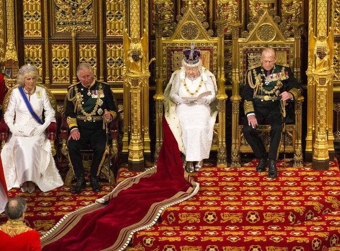 Γιατί κανείς δεν γνωρίζει το επώνυμο της βασιλικής οικογένειας; - εικόνα 3