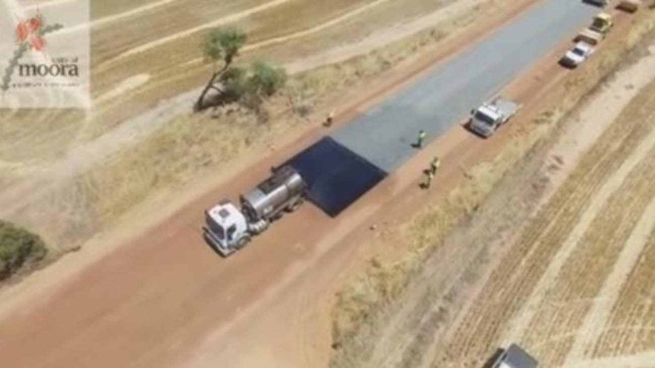Το βίντεο κατασκευής δρόμου στην Αυστραλία που σαρώνει στα social media   fbd9f3a102d