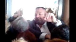 Βίντεο-ντοκουμέντο από την εισβολή των Χρυσαυγιτών σε σχολείο στο Πέραμα