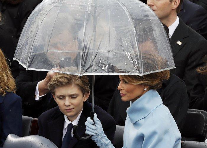Θα μετακομίσουν τελικά η Μελάνια και ο Μπάρον Τραμπ στο Λευκό Οίκο; - εικόνα 2