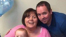 Έπεσε σε κώμα και ξύπνησε με το γιο της έξι μηνών