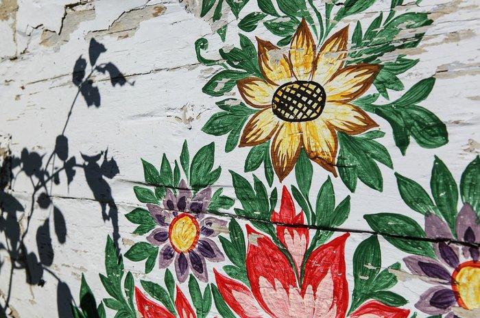 Ζαλίπιε: Ενα χωριό ζωγραφισμένο κυριολεκτικά με το χέρι - εικόνα 2