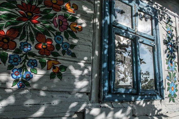Ζαλίπιε: Ενα χωριό ζωγραφισμένο κυριολεκτικά με το χέρι - εικόνα 15