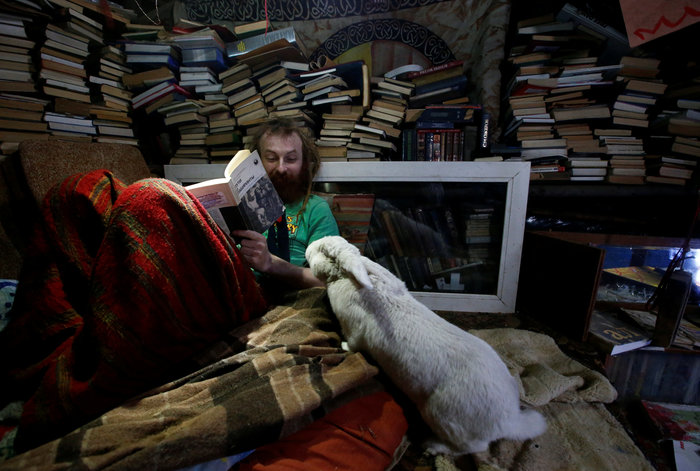 Ρωσία: Ο άνθρωπος - χόμπιτ που ζει κάτω από τη γη - εικόνα 4