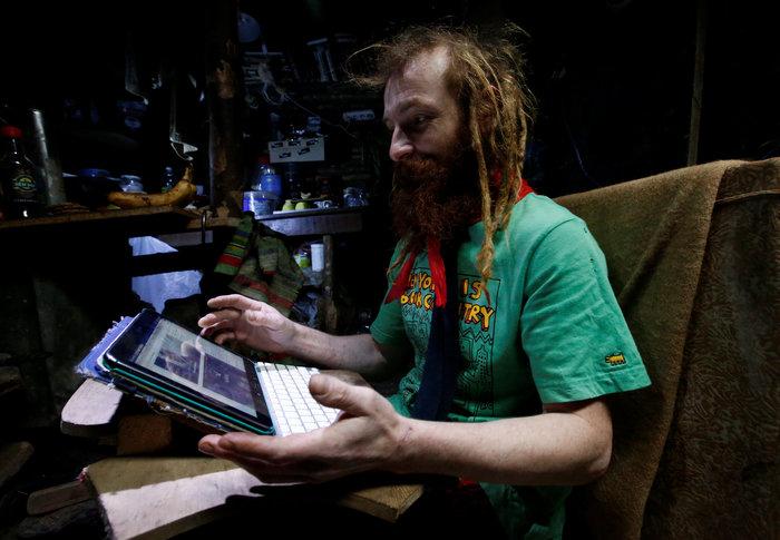 Ρωσία: Ο άνθρωπος - χόμπιτ που ζει κάτω από τη γη - εικόνα 5