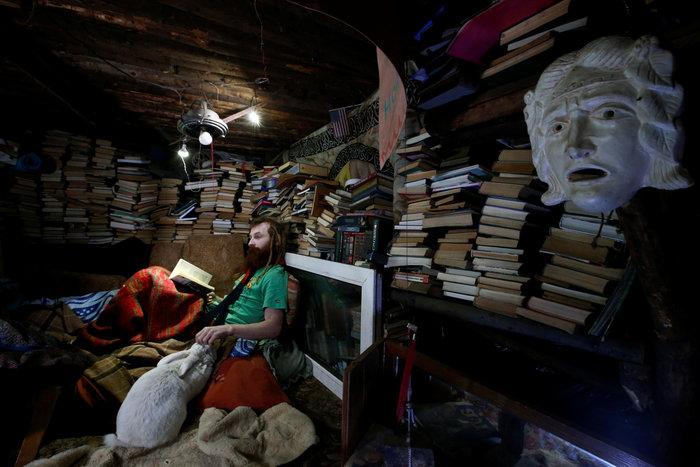 Ρωσία: Ο άνθρωπος - χόμπιτ που ζει κάτω από τη γη - εικόνα 10