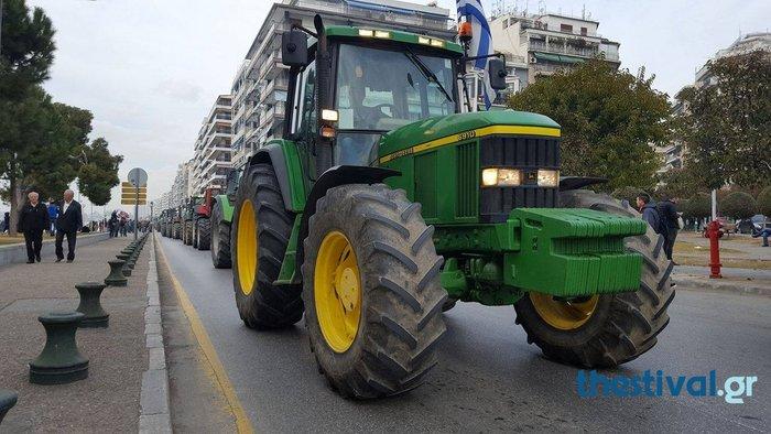 «Απόβαση» των τρακτέρ στο κέντρο της Θεσσαλονίκης