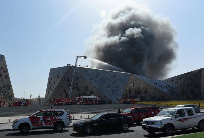 Φωτιά κατέστρεψε την καινούργια όπερα του Κουβέιτ - εικόνα 4