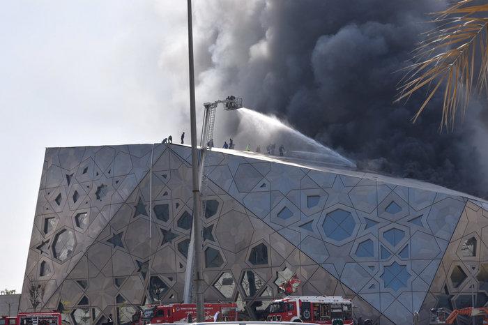 Φωτιά κατέστρεψε την καινούργια όπερα του Κουβέιτ - εικόνα 5