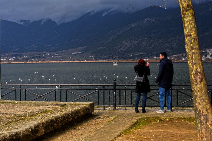 Mαγευτικές εικόνες από την πανέμορφη λίμνη Ιωαννίνων - εικόνα 8