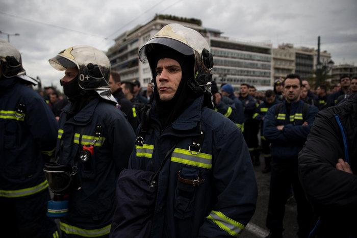 Εκρηκτικό κλίμα στους ένστολους - Τι ζητούν από την κυβέρνηση - εικόνα 3