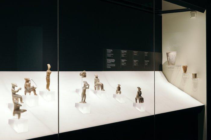 Ένα ραδιόφωνο εκπέμπει μέσα από το μουσείο Κυκλαδικής Τέχνης - εικόνα 2