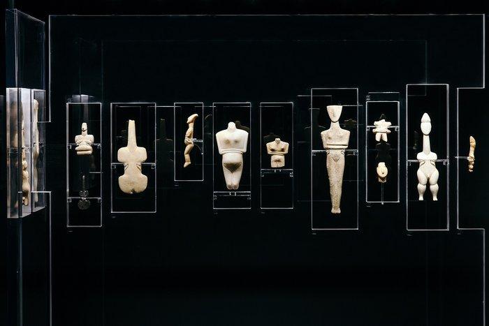 Ένα ραδιόφωνο εκπέμπει μέσα από το μουσείο Κυκλαδικής Τέχνης - εικόνα 3